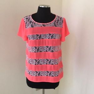 Anthropologie HD in Paris pink lace size 6 blouse